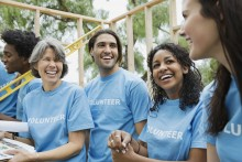 How to Take Your Business's Employee Volunteer Program to the Next Level